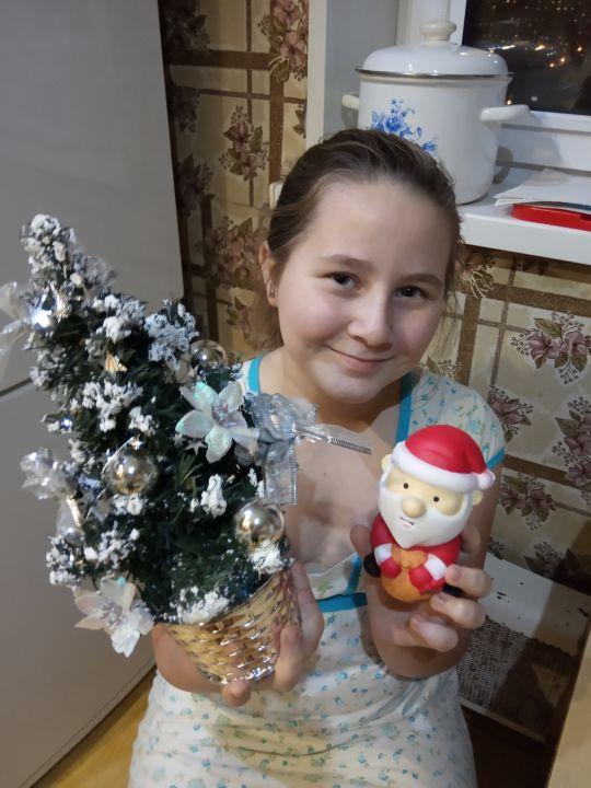 Устинова Алексеевна Елизавета
