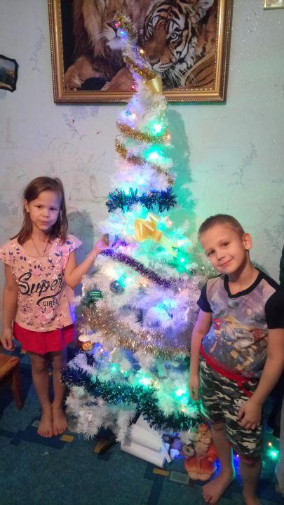 Валерия и Алексей Дмитриевна Гуцу